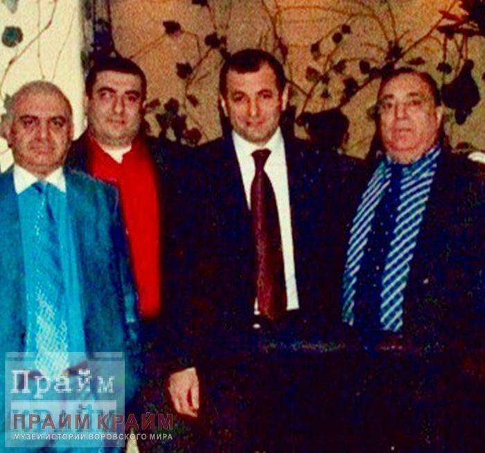 Дед Хасан на фото с Путиным оказался депутатом Госдумы